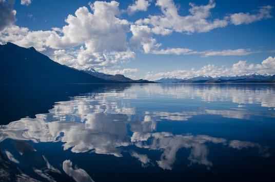 lake-430508_640.jpg